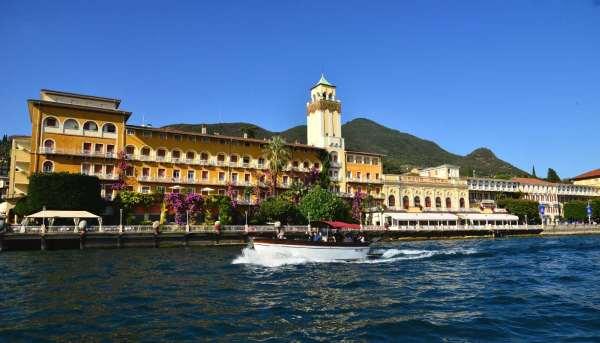 Itinerario 2 - Tour dell'Isola del Garda e Gardone Riviera