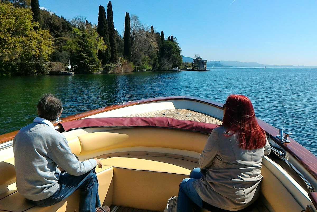 Gardone Riviera visto dal lago