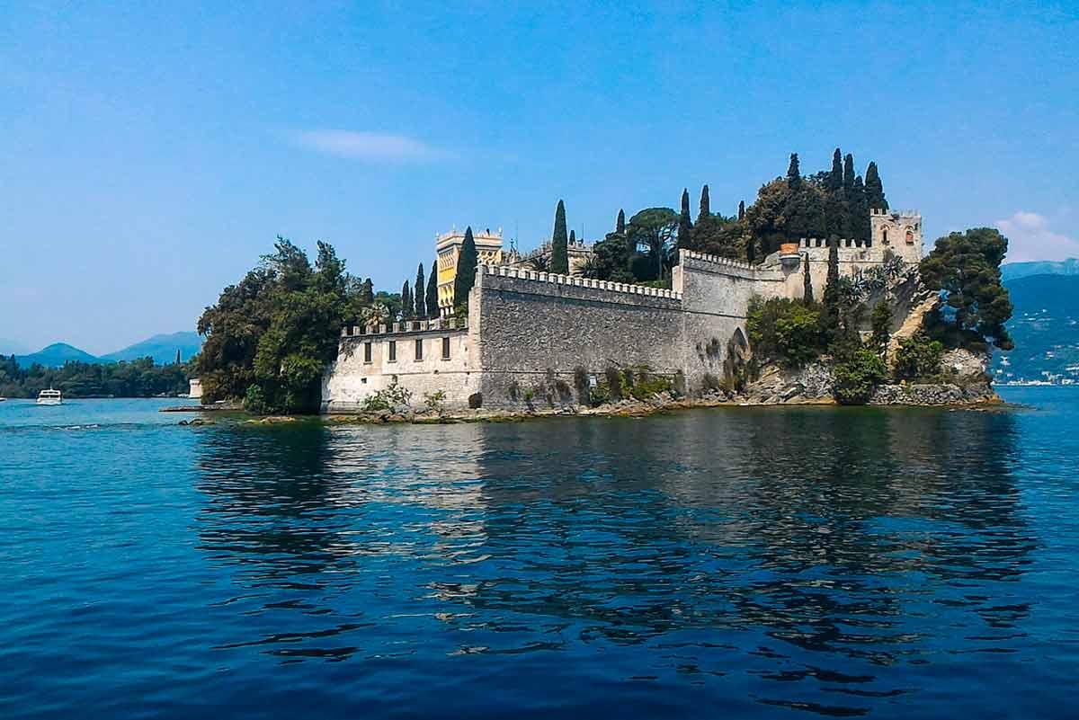 Itinerario 2 giro in barca Gardone Riviera