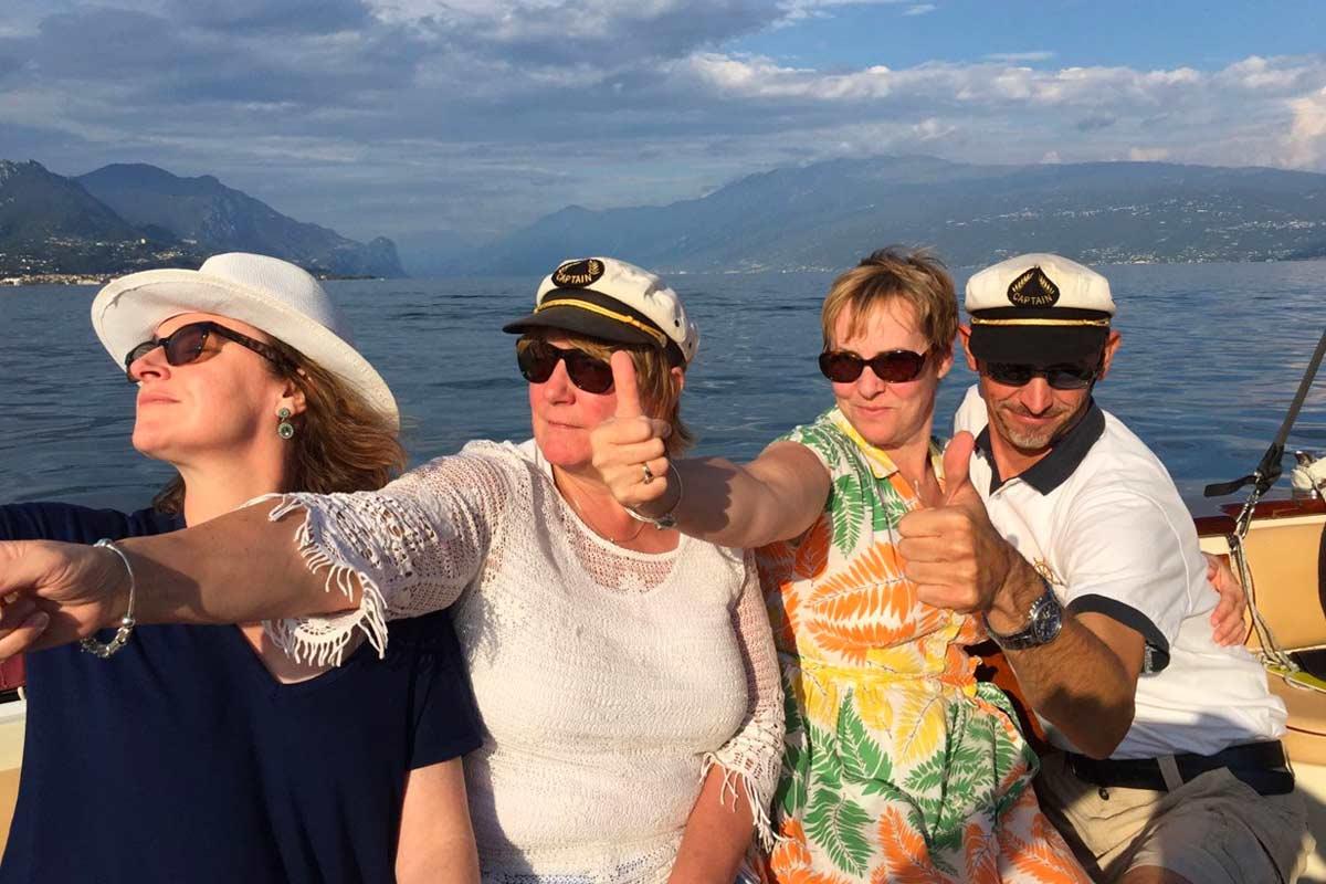 Captain Mirco Cavagnera con le sue fans