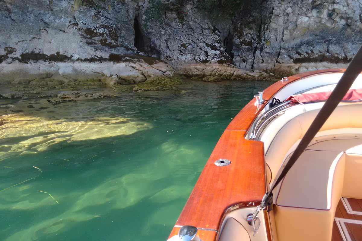 servizio barca di lusso sul lago di Garda